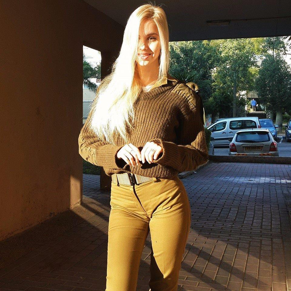 Сексуальные израильские военные девушки