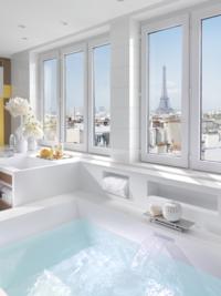 12 самых безумных ванных комнат в отелях со всего мира