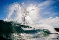 20 ошеломляющих снимков, доказывающих, что океан живой и невероятно сильный