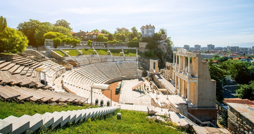a trip to the roman theatre essay Dotdash's brands help over 100 million users each month find answers, solve problems, and get inspired dotdash is among the fastest-growing publishers online.
