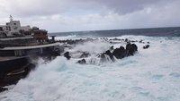 Свирепый океан в Порто Монис