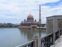 Путра, мечеть в Куала-Лумпур