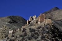 Самые невероятные и мистические заброшенные замки мира