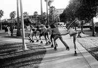 Пляжная жизнь Южной Калифорнии 60-х: скейтеры и основатели хардкор-панка