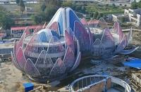 Уникальное «Здание-лотос»: почему даже в летнюю жару здесь не нужны кондиционеры