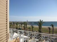 Вид из номера на пляж Ретимно
