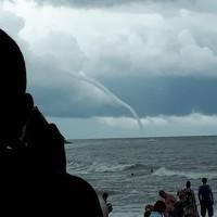 Смерч в Черном море в октябре