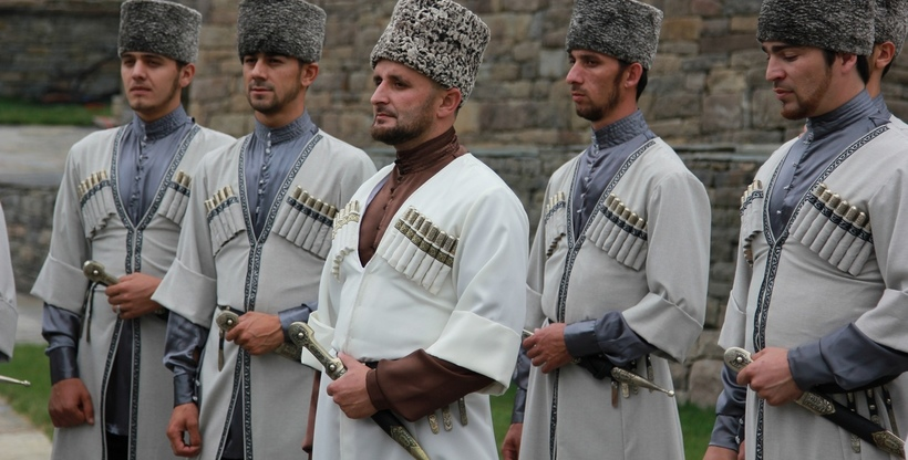 Bildergebnis für чеченцы внешность