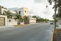 Канкун: на одной из улиц в спальном районе