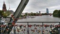 На мосту влюбленных Eiserner Steg