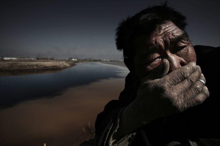 В Китае исчез знаменитый фотограф: 14 его фото, из-за которых это могло произойти
