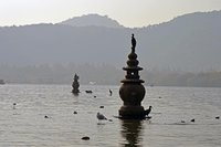 Западное озеро в марте, Ханчжоу